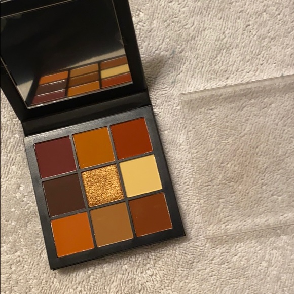 HUDA BEAUTY Other - HudaBeauty Warm Brown Obsessions